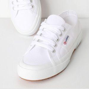 NWT Superga 2750 Cotu White Sneaker